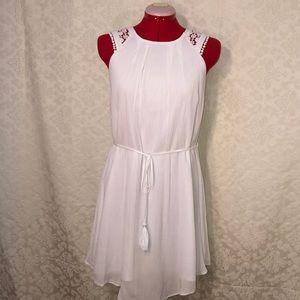 Pretty EUC White Grecian Style Dress SZ Med